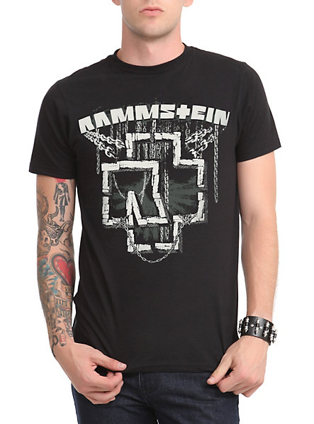 rammstein in ketten t shirt hot topic t shirt review. Black Bedroom Furniture Sets. Home Design Ideas